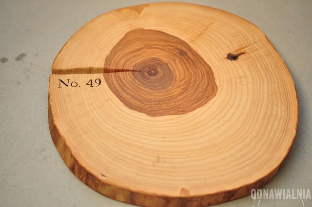 podstawka z plastra drewna